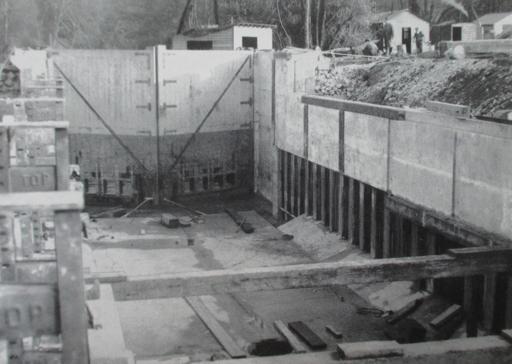 Black and white photograph of Cookham Lock under reconstruction.